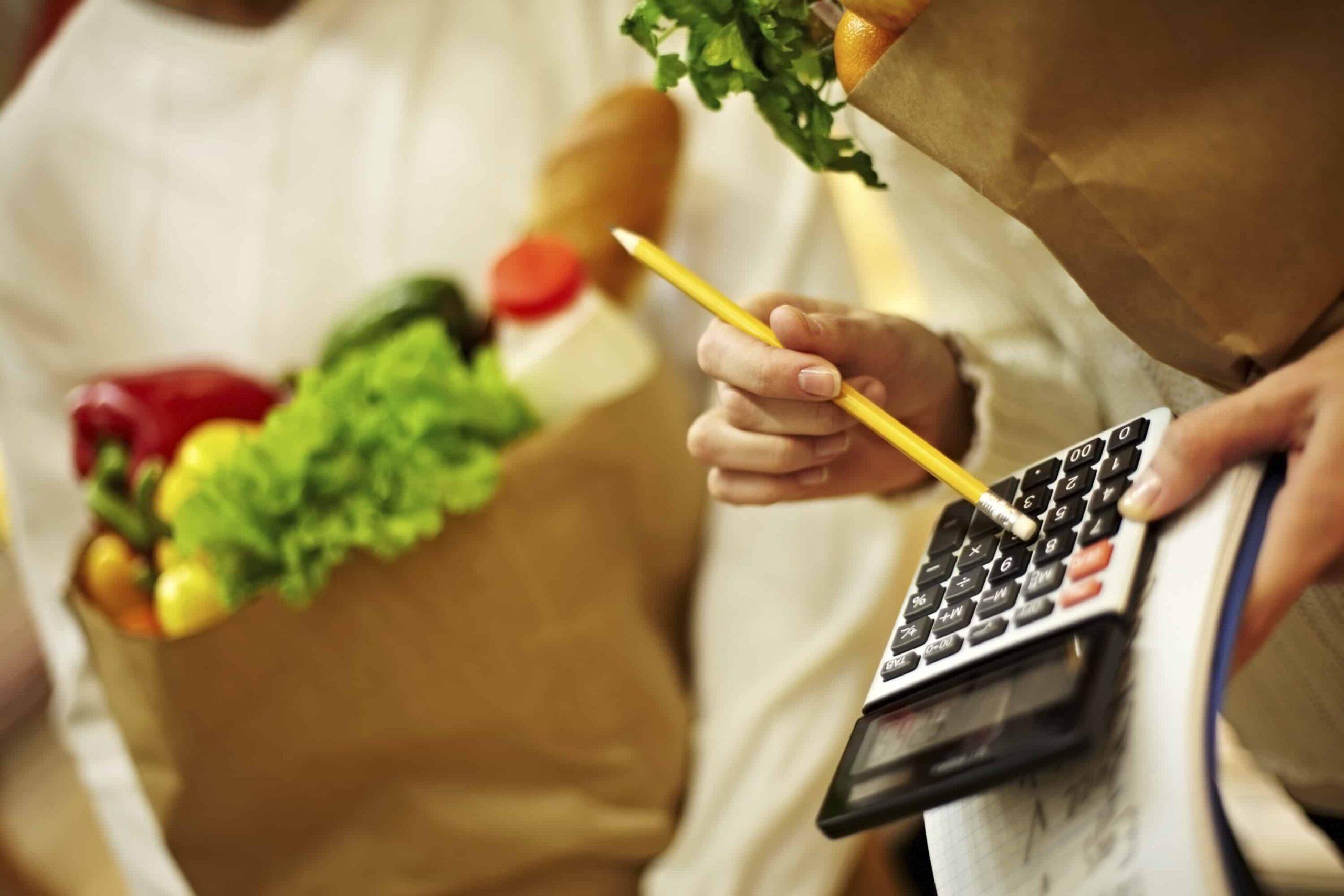Jak ušetřit na jídle? 15 tipů, které vám ušetří tisíce